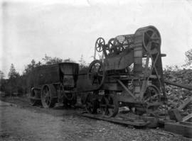 [Hadfield's Portable Rock Crushing Plant and 10 Ton Ruston Proctor Road Roller]
