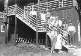 [Group photograph of Mayor L.D. Taylor and City Hall employees at picnic]