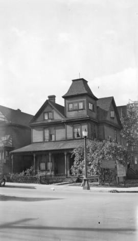 Reverend E. D. McLaren [house at] Melville and Burrard