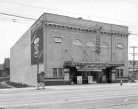 [Windsor Theatre at 25th Avenue and Main Street]
