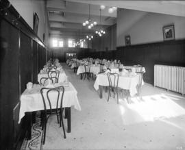 Hotel Abbotsford dining room [921 Pender W.]