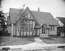 [Photograph of house at 37th Ave. and Collingwood St., Vancouver B.C.]