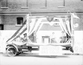 [Vancouver Gas Company float for Vancouver Pageant parade]