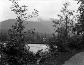 [View of] cottage near Vedder Hotel in the Fraser Valley