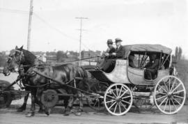 "[The horse-drawn ""Dufferin"" coach]"