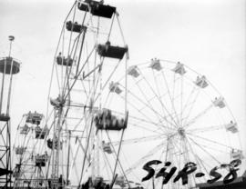 Ferris wheels in P.N.E. Gayway