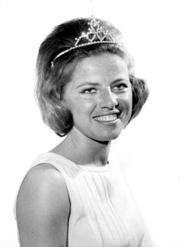 [Sterta?] Maickin, Miss Richmond '62 : [portrait]
