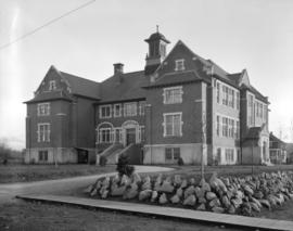 Edith Cavell School [500 West 20th Avenue]