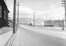 [Lighted Ruddy-Duker Ltd. billboard advertising Turret Cigarettes at the south end of the Connaug...