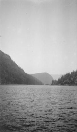 Narrows, Bute Inlet
