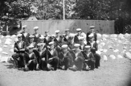 [Group portrait of a Sea Cadets class at Whytecliffe