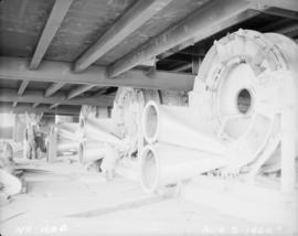 Construction of pan house: view of equipment after installation