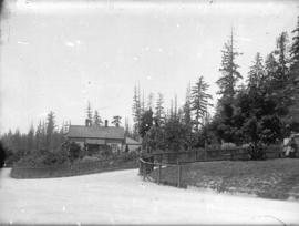 [Stanley Park entrance and Park Superintendent's cottage]