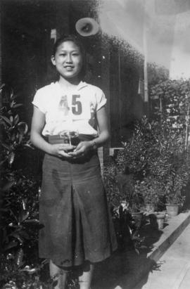 Winnie Eng with trophy