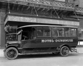 Hotel Dunsmuir Car [in front of the Dunsmuir Hotel 500 Dunsmuir Street]