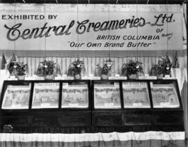 Central Creameries display of butter carvings