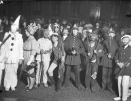 [Crowds in costume for rectorial torchlight procession]