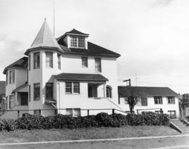 [Exterior of the St. Marina Apartments - 1185 Burnaby Street]