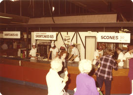 Fisher's Scone Inn concession stand