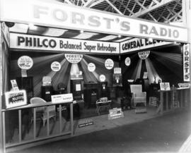 Forst's Radio display