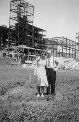 Lime kiln house [under construction] July 1939; 1st electrician, Mitch and wife