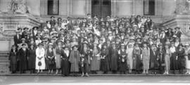 [Unidentified group of women on Courthouse steps]