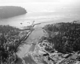 Capilano Crushing Co., plant #1, 606 Marine Dr., West Vancouver [B.C.]