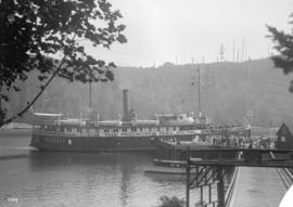"[Union S.S. ""Cheam"" with banner ""The Hudson's Bay Picnic""]"