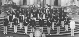 [Group portrait of the Firemen's Band of Vancouver on the courthouse steps]