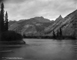 Bow River and M[oun]t Edith, Banff, Alta.