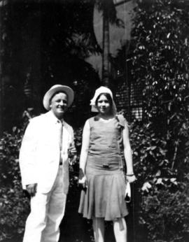 [Barlow and unidentified woman in Manila]