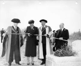 Graham's Gate ribbon cutting ceremony with donors and university officials