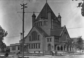 First Methodist Church, 1906 [S.W. corner of Georgia and Burrard Streets ]