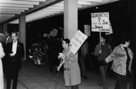 Demonstration against the quarantine law