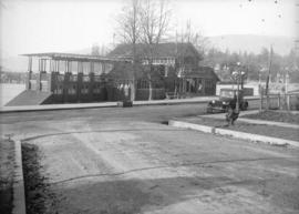 [View of the wooden English Bay Bathing Pavilion on Beach Avenue from the foot of Burnaby Street]