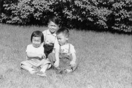 Lillian Wong and Vernon and Paul in Chicago with Irena [4 of 7]