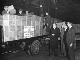 [Cartons of salmon from Vancouver for the flood victims at Kings Lynn]