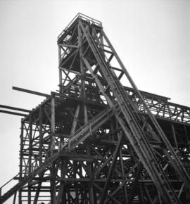 [Wooden mining structure]