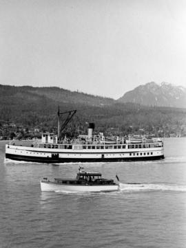 "[Steamer ""Capilano"" (II) - outward bound from Vancouver, B.C.]"