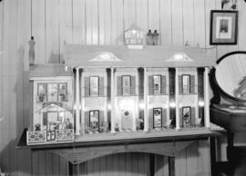 Colonel Broome's miniature house