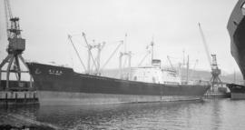S.S. Asia Maru [at dock]