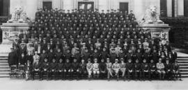 [Group portrait of Vancouver Police Force in front of Courthouse with Chief Bingham, Mayor Malkin]