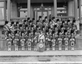 72nd Highlanders Band at [the] Returned Soldiers Club