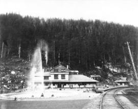 Glacier House, C.P.R. [Selkirk Mountains]
