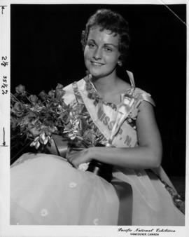 1958 queen : [portrait of Sharon Durham, Miss P.N.E. 1958]