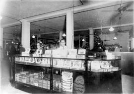 Cigar concession on the southwest corner [of Woodward's Department Store at Hastings Street ...