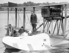 [Othoa Scott's arrival at English Bay from Hornby Island in a Curtis HS2L flying boat owned ...
