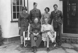 Duncan and Pye, with Elizabeth, Peter, Patricia and Gordon