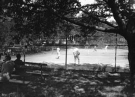 Camper's tennis tournament