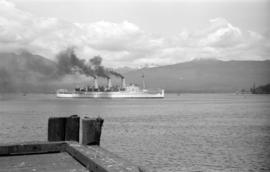 """Empress of Russia"" in Burrard Inlet"